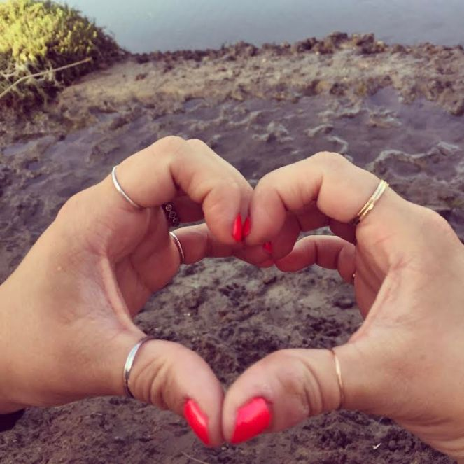 Hand Heart Pic
